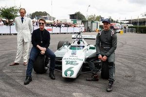 Lord March, Tom Cruise y Wade Eastwood en el Williams FW08