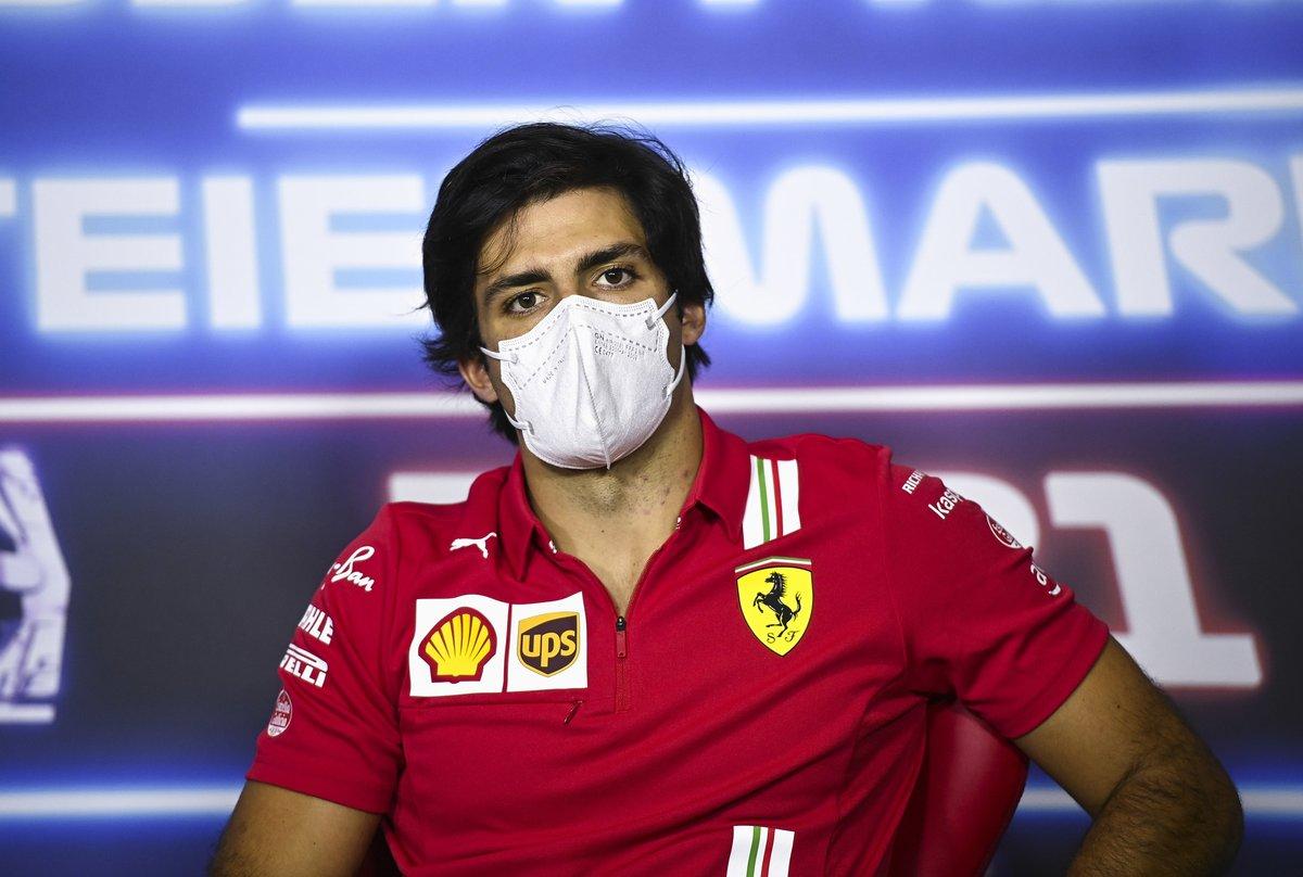 Carlos Sainz Jr., Ferrari en la conferencia de prensa