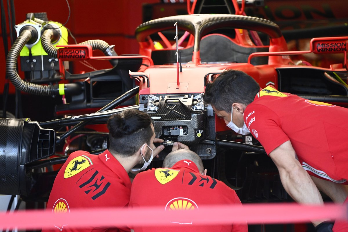 Detalle frontal del Ferrari SF21