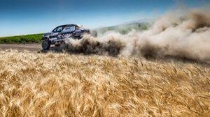 #200 Nasser Racing Toyota Hilux Overdrive: Nasser Al-Attiya, Matthieu Baumel