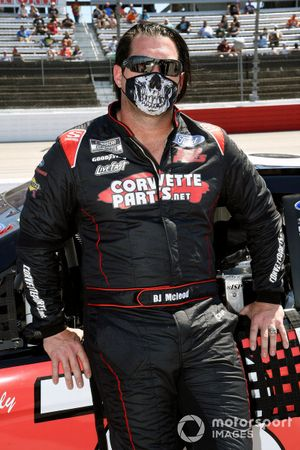 B.J. McLeod, Live Fast Motorsports, Ford Mustang CorvetteParts.net/Keen Parts