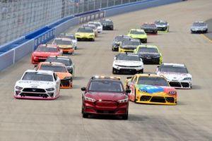 Kyle Busch, Joe Gibbs Racing, Toyota Supra M&M's, Austin Cindric, Team Penske, Ford Mustang Car Shop