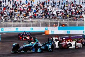 Oliver Turvey, NIO 333 001, Sergio Sette Camara, Dragon Penske Autosport, Penske EV-5