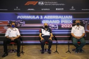 Guenther Steiner, Team Principal, Haas F1, Franz Tost, Team Principal, AlphaTauri, and Otmar Szafnauer, Team Principal and CEO, Aston Martin F1, in the Team Principals Press Conference