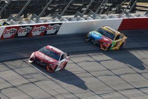 Denny Hamlin, Joe Gibbs Racing, Toyota Camry Sport Clips, Kyle Busch, Joe Gibbs Racing, Toyota Camry M&M's