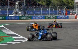 Fernando Alonso, Alpine A521, Lando Norris, McLaren MCL35M, and Sergio Perez, Red Bull Racing RB16B