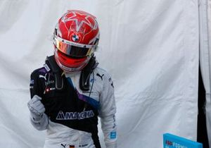 Maximilian Guenther, BMW I Andretti Motorsport, first position, celebrates on arrival in Parc Ferme