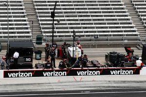 L'équipe de Will Power, Team Penske Chevrolet, à son emplacement pour un arrêt au stand