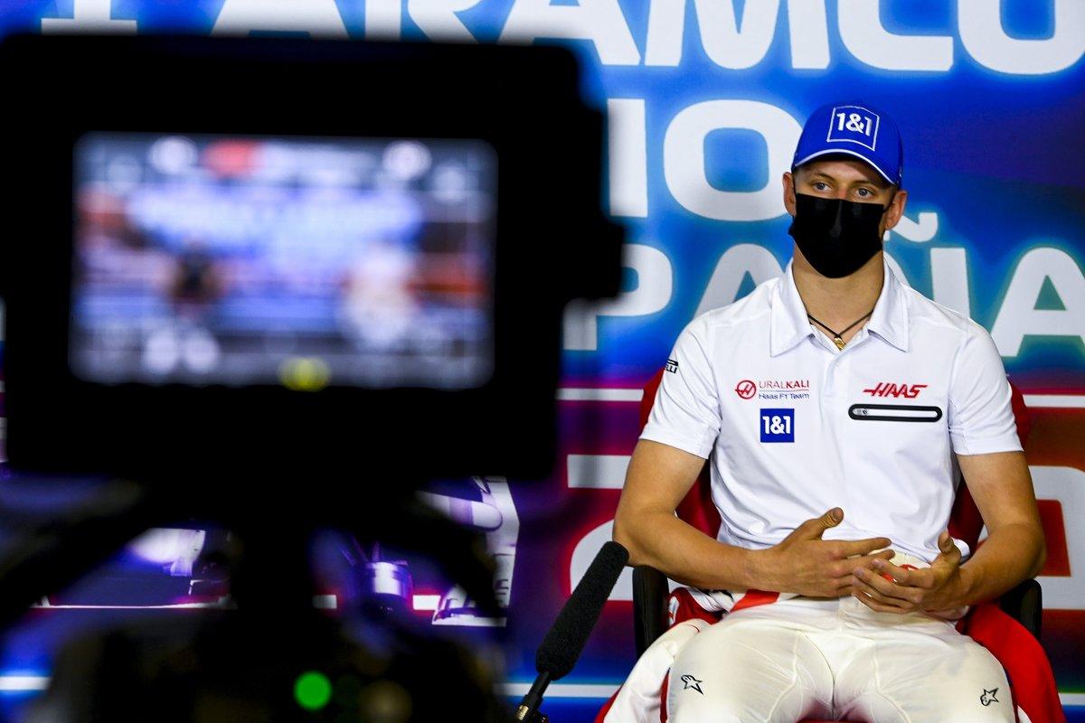 Mick Schumacher, Haas F1 en la conferencia de prensa