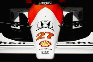Detalle delantero del coche de Ayrton Senna, McLaren MP4/5B Honda