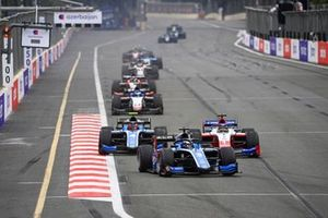 Guanyu Zhou, Uni-Virtuosi Racing, Felipe Drugovich, Uni-Virtuosi and Robert Shwartzman, Prema Racing