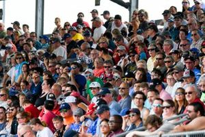 Fans watch Fast Nine qualifications for the 2021 Indianapolis 500.