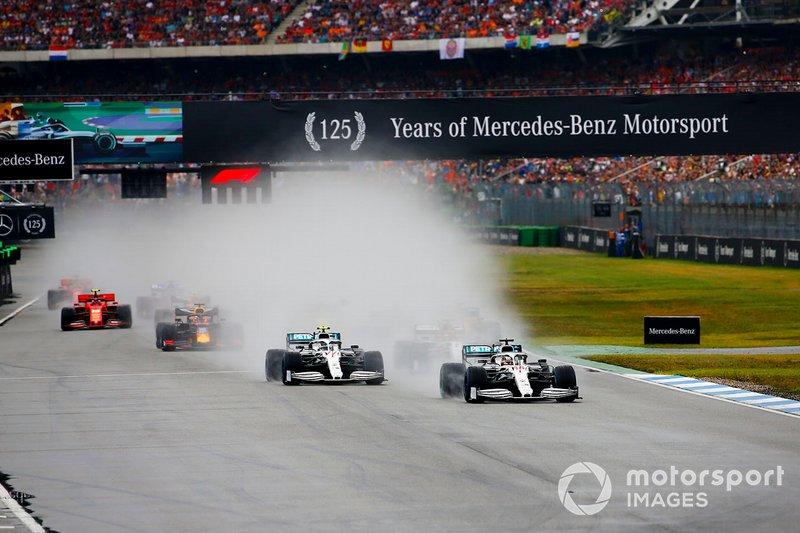 Lewis Hamilton, Mercedes AMG F1 W10, Valtteri Bottas, Mercedes AMG W10, Carlos Sainz Jr., McLaren MCL34, Max Verstappen, Red Bull Racing RB15