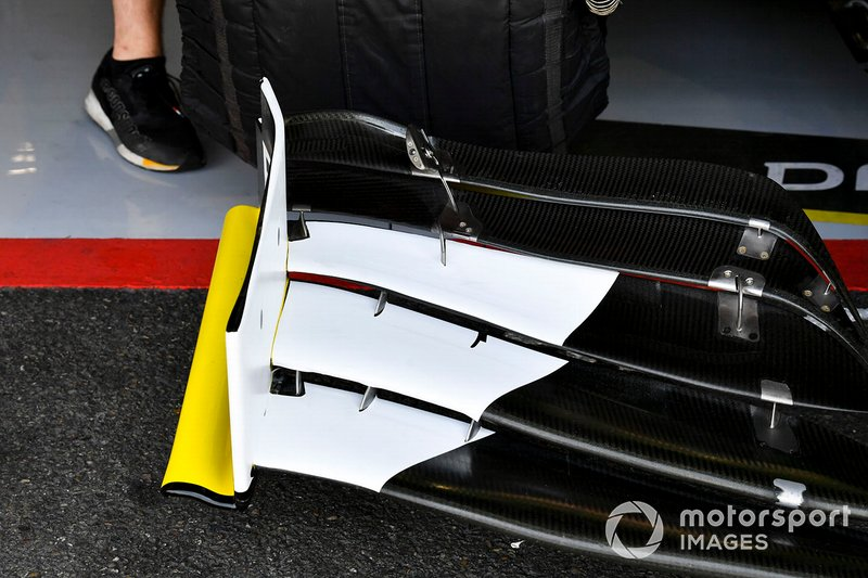 Front wing details of the Renault R.S.19