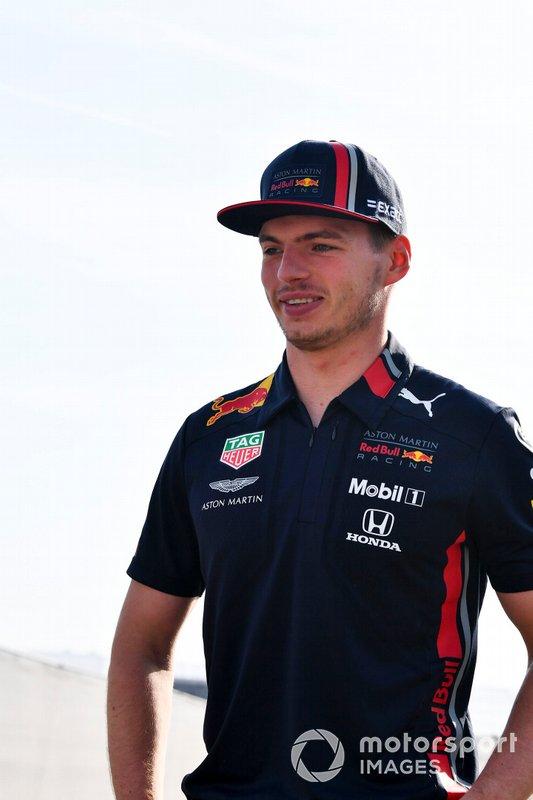 Max Verstappen, Red Bull Racing, arriva al circuito