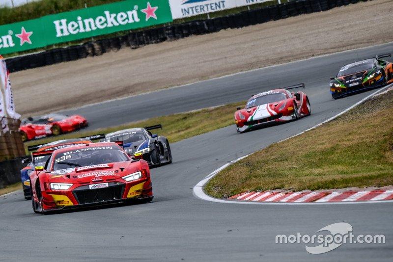 #5 Phoenix Racing Audi R8 LMS GT3: Kim-Luis Schramm, Jean-Karl Vernay