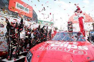 Ganador Denny Hamlin, Joe Gibbs Racing, Toyota Supra