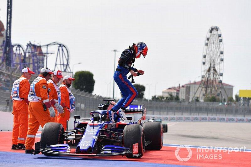 19: Daniil Kvyat, Toro Rosso, no time (back of grid start)