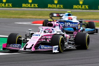 Lance Stroll, Racing Point RP19, leads Robert Kubica, Williams FW42