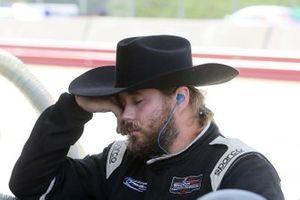 #52 PR1 Mathiasen Motorsports crew member
