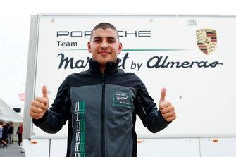 Pole sitter Ayhancan Güven, martinet by ALMERAS