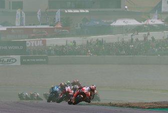 Renn-Action auf dem Sachsenring: Marc Marquez, Repsol Honda Team, führt