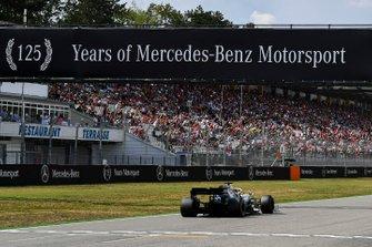 Lewis Hamilton, Mercedes AMG F1 W10, takes pole position