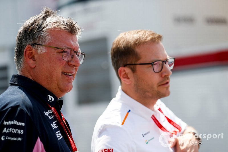 Otmar Szafnauer, Team Principal and CEO, Racing Point, and Andreas Seidl, Team Principal, McLaren