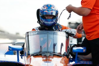 Scott Dixon, Chip Ganassi Racing Honda, con el aeroscreen
