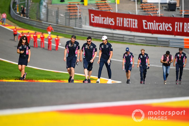 Lance Stroll, Racing Point, fait un trackwalk