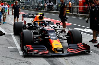 Pierre Gasly, Red Bull Racing RB15, in the pits during practice
