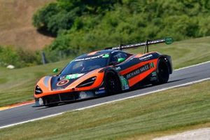 #76 Compass Racing McLaren 720S GT3, Paul Holton, Matt Plumb