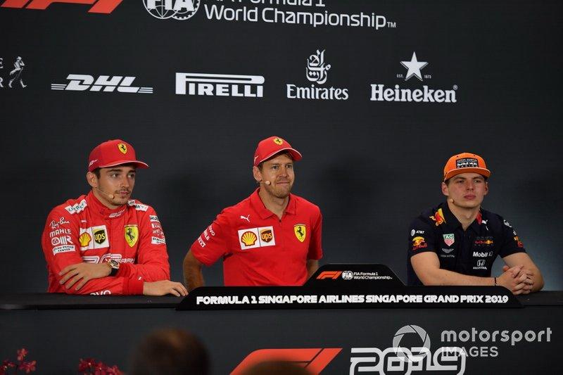 Charles Leclerc, Ferrari, il vincitore della gara Sebastian Vettel, Ferrari e Max Verstappen, Red Bull Racing in conferenza stampa