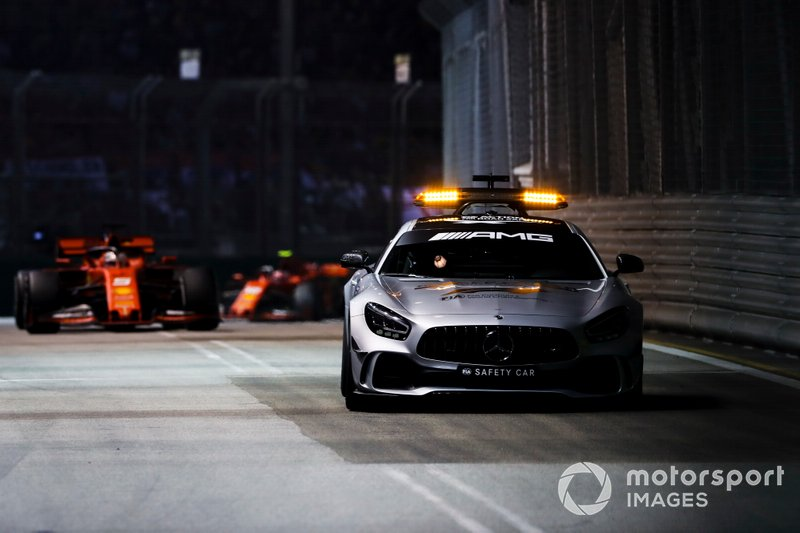 Leclerc pide poder luchar con Vettel
