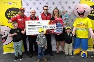 Camp Quality CEO Kylea Tink with Scott McLaughlin, Dick Johnson and Ryan Story, DJR Team Penske