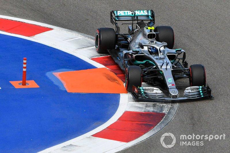 4: Valtteri Bottas, Mercedes AMG W10, 1'32.632