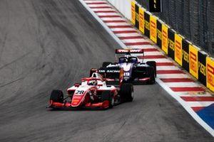 Robert Shwartzman, PREMA Racing en Niko Kari, Trident