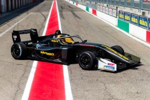 Dan Ticktum, test Dallara 320