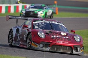 #912 Absolute Racing Porsche 911 GT3 R: Dirk Werner, Dennis Olsen, Matt Campbell