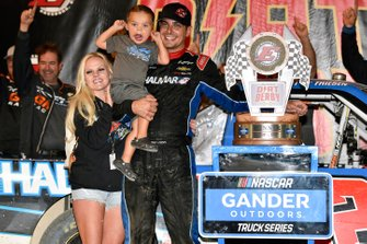 Stewart Friesen, Halmar Friesen Racing, Chevrolet Silverado Halmar International celebrates this win