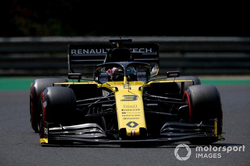 Даниэль Риккардо (Renault) – 1:17,257 (штраф за смену силовой установки)