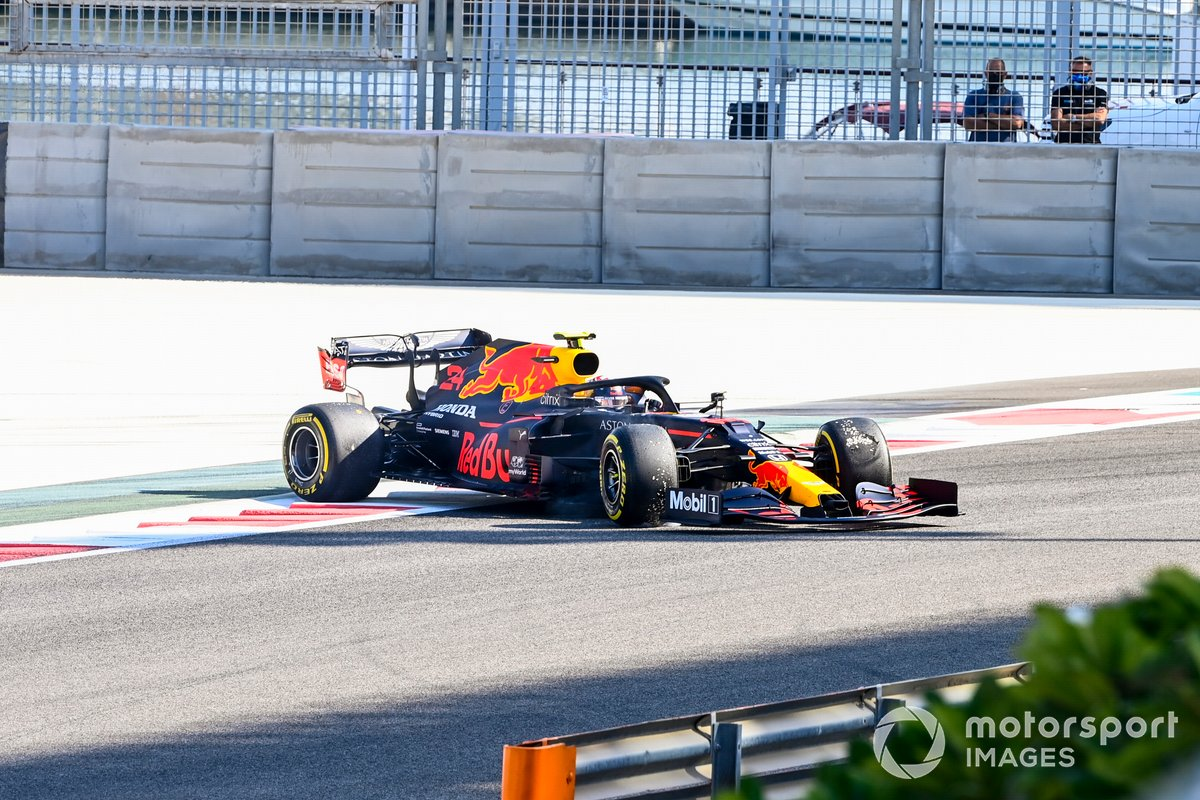 Trompo de Sebastien Buemi, Red Bull Racing RB16