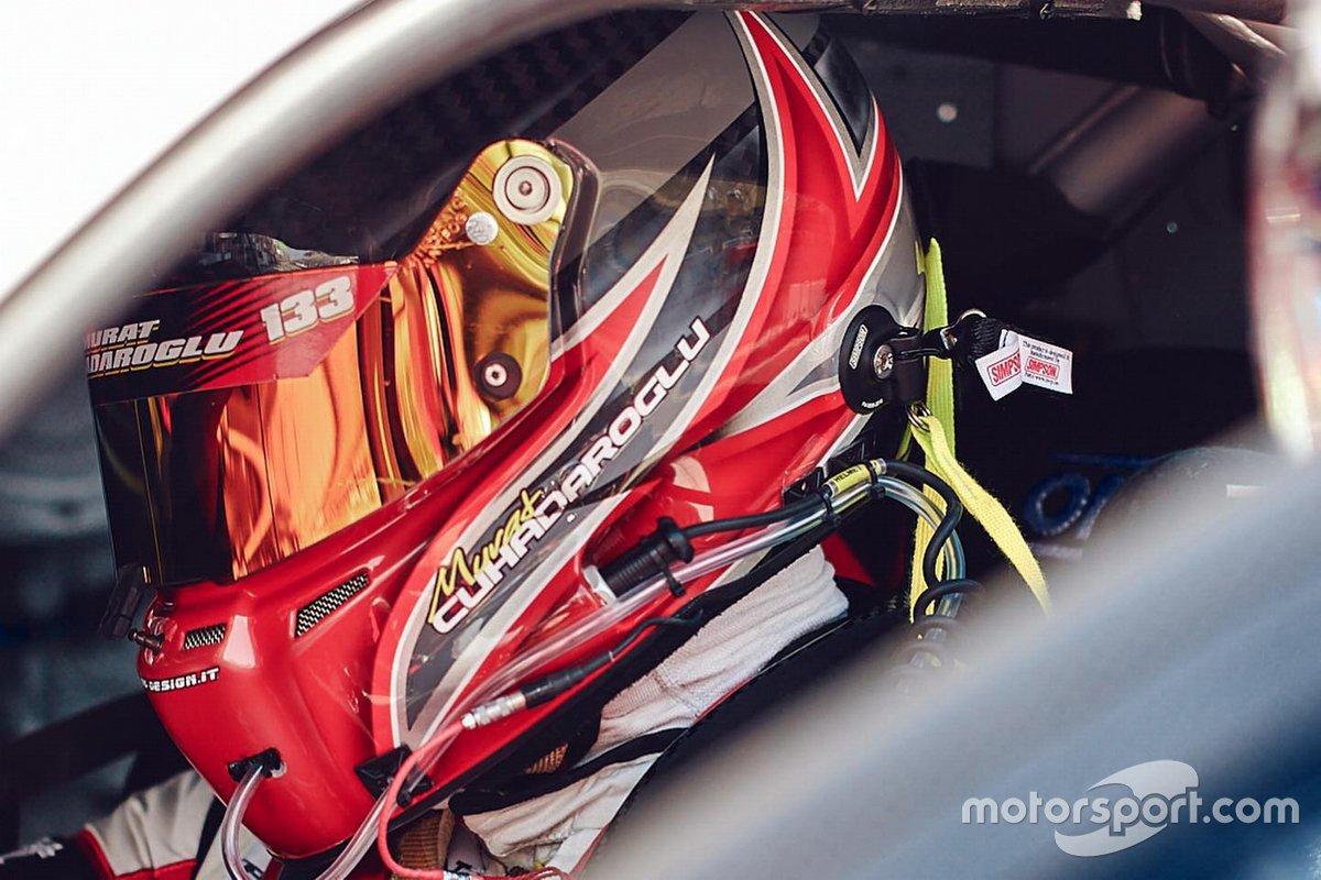 #27 Kessel Racing, Ferrari 488 GT3: Murat Cuhadaroglu