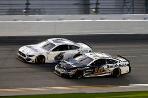 Ryan Newman, Roush Fenway Racing, Ford Mustang, Aric Almirola, Stewart-Haas Racing, Ford Mustang Smithfield
