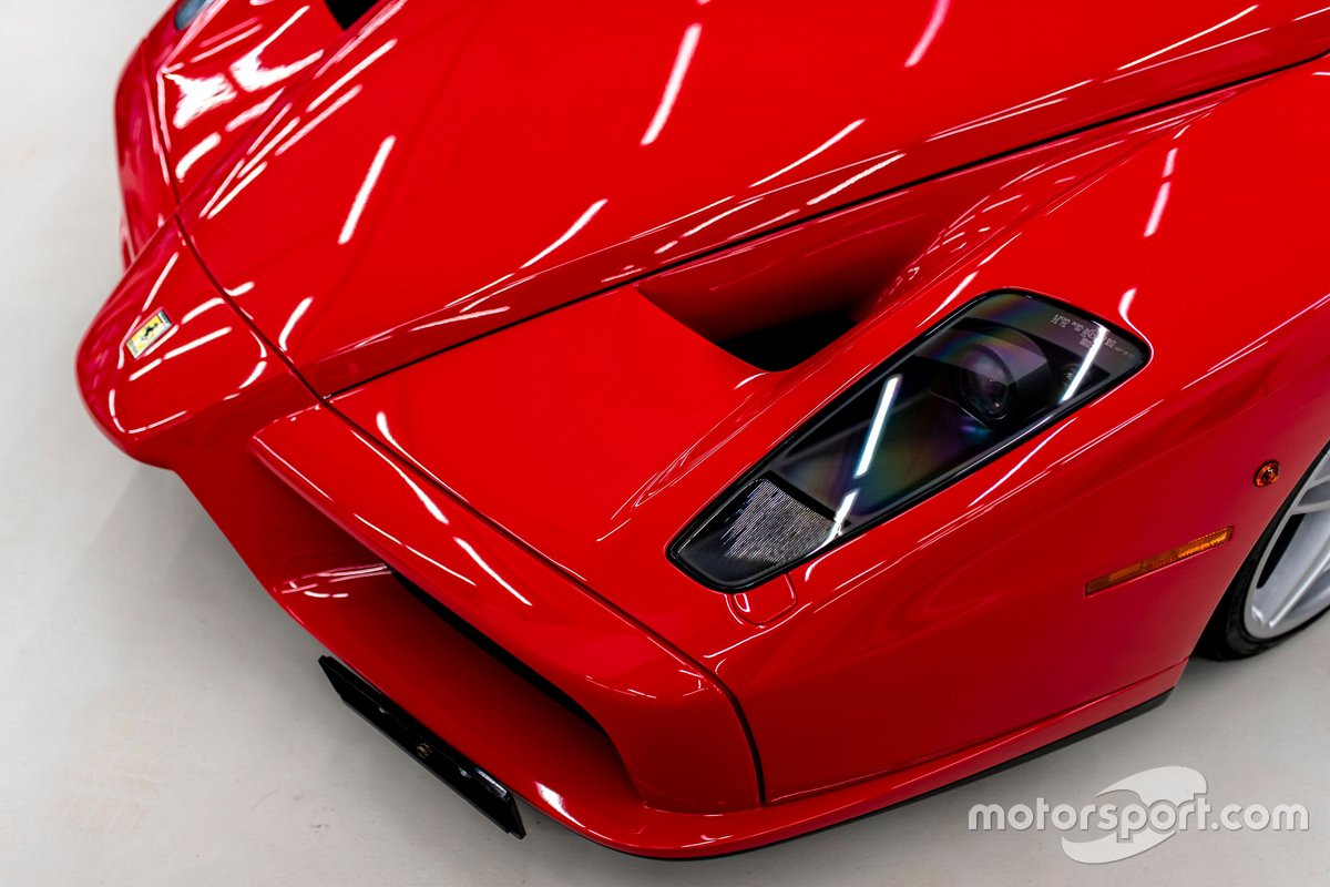 2004年製 フェラーリ エンツォ(価格は要問い合わせ)