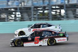 Chad Finchum, Hattori Racing Enterprises, Toyota Supra, Matt Mills, B.J. McLeod Motorsports, Chevrolet Camaro J.F. Electric