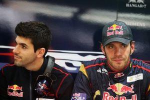 Jaime Alguersuari, Scuderia Toro Rosso avec Jean-Eric Vergne, pilote d'essais de Scuderia Toro Rosso
