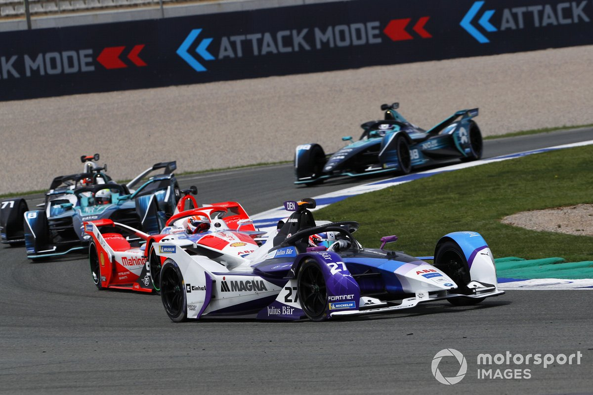 Jake Dennis, BMW i Andretti Motorsport, BMW iFE.21, Alex Lynn, Mahindra Racing, M7Electro, Oliver Turvey, NIO 333, NIO 333 001, Norman Nato, Venturi Racing, Silver Arrow 02, Tom Blomqvist, NIO 333, NIO 333 001, at the start