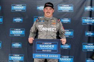 Ganador de la pole Brett Moffitt, GMS Racing, Chevrolet Silverado ISM Connect