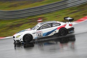 #42 BMW Team Schnitzer BMW M6 GT3: Sheldon Van Der Linde, Nicholas Yelloly